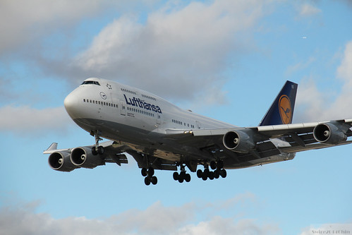 Lufthansa Boeing 747-400 | by Can Pac Swire