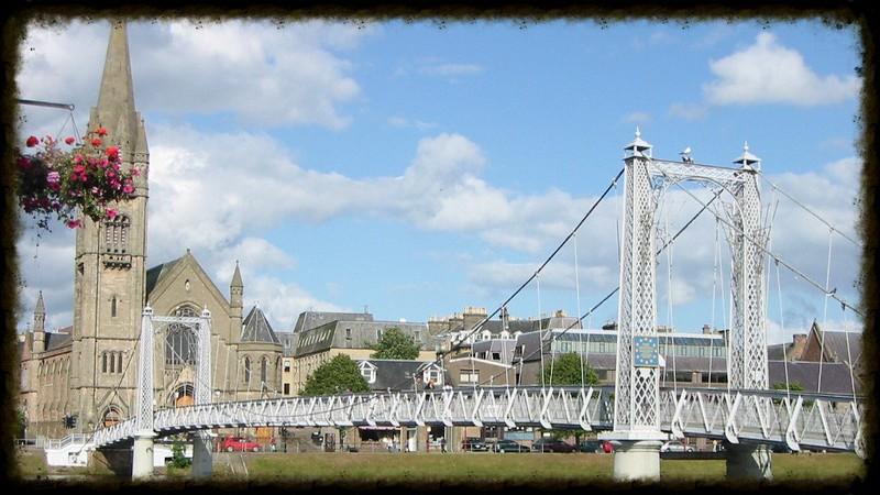 inverness footbridge