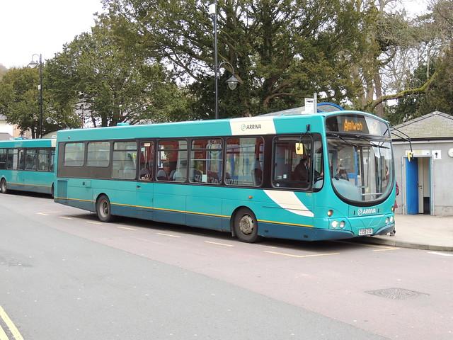 DSCN8692 Arriva Cymru 2913 CX58 EXD