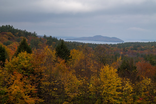 autumn newhampshire foliage winnipesaukee wolfeboro scenicview niftyfifty