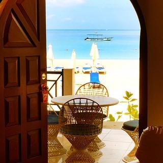 I think we can get used to this. #negril #Jamaica2014 #islandlife #beachvilla @kmallorca103