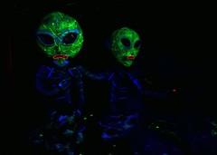 Aliens in the Spooky Barn