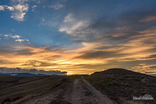 soldierridge sheridan wyoming april spring evening sunset color colorful clouds nikond750 bighornmountains orange gold golden yellow tamron2470mmf28 foothills hills path trail