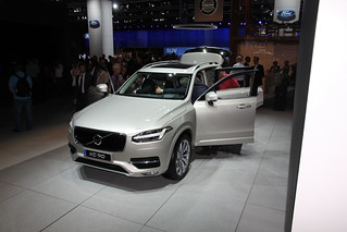 Volvo-XC90-Paris-2014-02