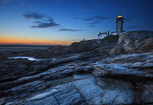 ri sea lighthouse canon landscape rocks dusk newport l f4 6d canon1635f4l