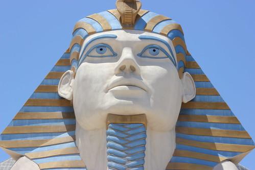 Luxor | by mandarip