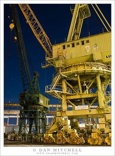 D8 Crane, Night