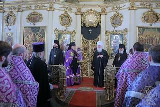 Литургия в Покровском соборе 387