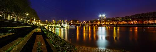 night shot panorama cityscape bremen germany long exposure