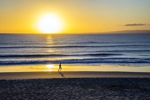 sea sky beach sunrise beautifulearth sunsetsandsunrisesgold