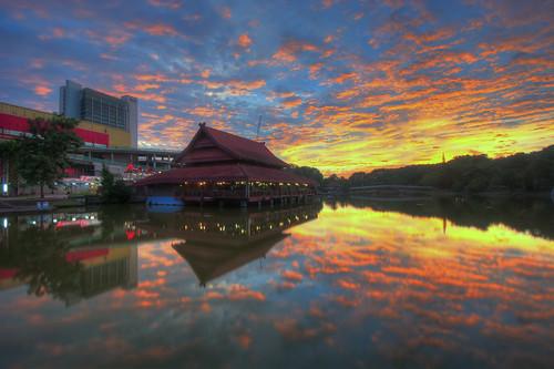 lake gardens dignity taman shah alam tasek malaysiakita