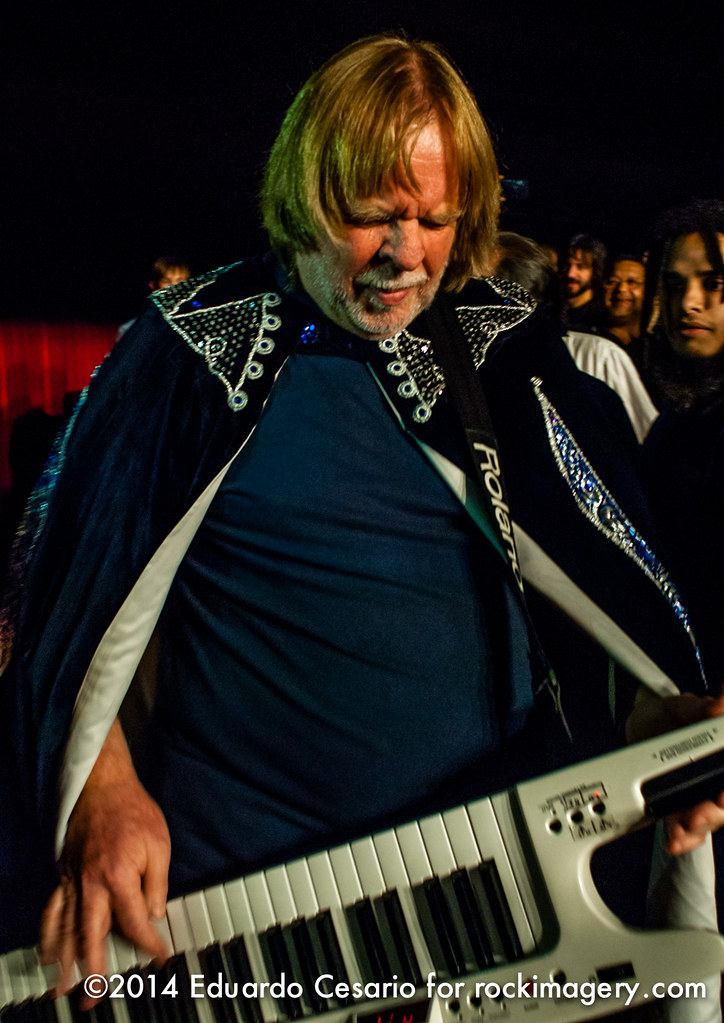 Rick Wakeman x3 - Journey To The Center Of The Earth