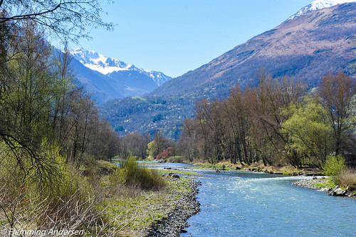 mountains spring nature hours nouvelleaquitaine france fr river landscape paysage trees water
