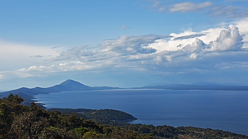 croatia hrvatska kvarner lošinj losinj outdoor hiking landscape panorama sea cloud adriatic
