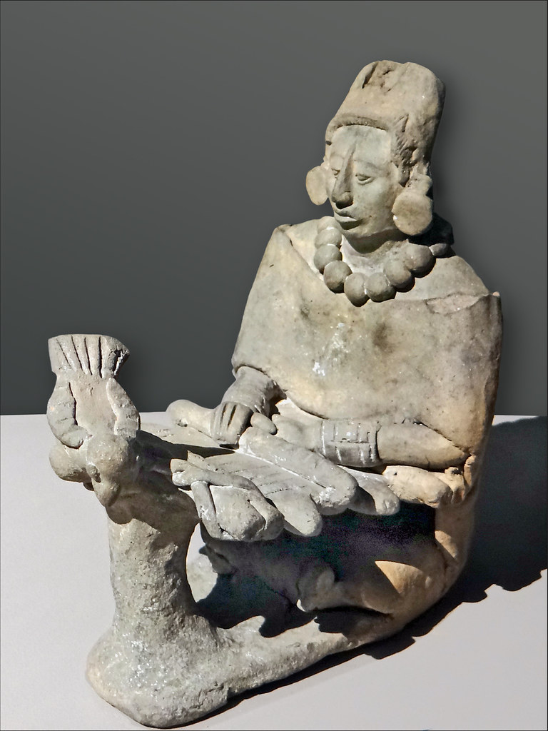 Tisseuse Maya (musée du Quai Branly)