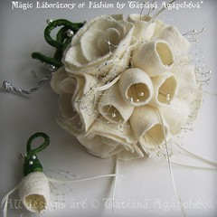 #wedding #bouquet #bride #etsy #handmade #rose #tulip #feltbouquet #fiancee #marriage #gift #ivory #romance #love #swarovski #etsywedding #tianache.etsy