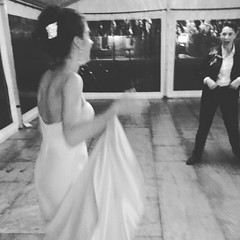 First dance moments with @phoebe_molesworth and Kate. #bleasworths