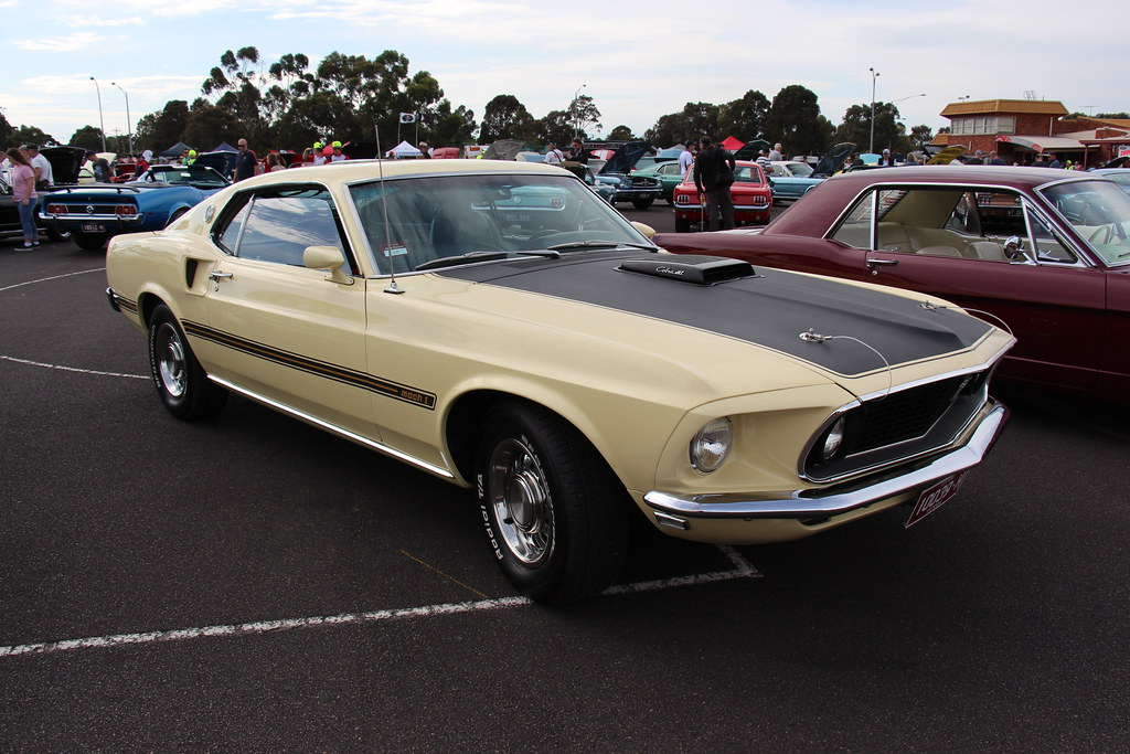 1969 Ford Mustang Mach1 428 Cobra Jet Meadowlark Yellow F