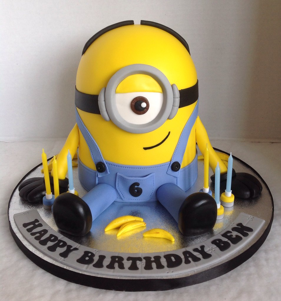 Terrific Minion Birthday Cake Liz Flickr Funny Birthday Cards Online Unhofree Goldxyz