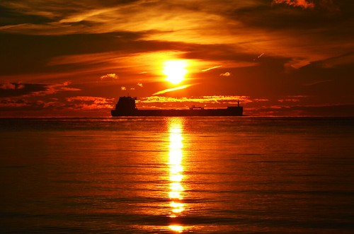 morning sun lake ontario canada water silhouette clouds burlington sunrise reflections early nikon ship bfg d5100