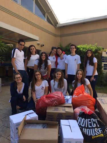 Voluntariado: entrega de roupas doadas ao Albergue Zanconi (abr/2017)