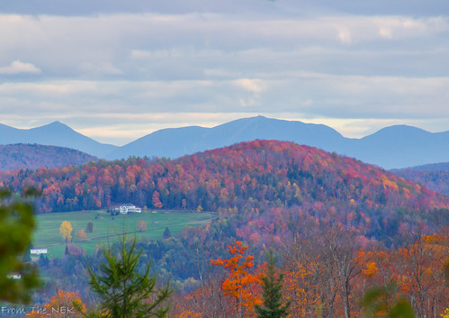 White Mtns from Vermont | by Tim_NEK