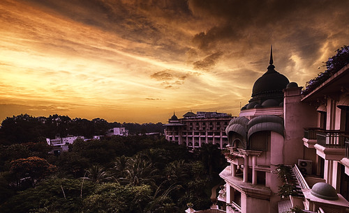sky india sunrise hotel view bangalore leela hdr