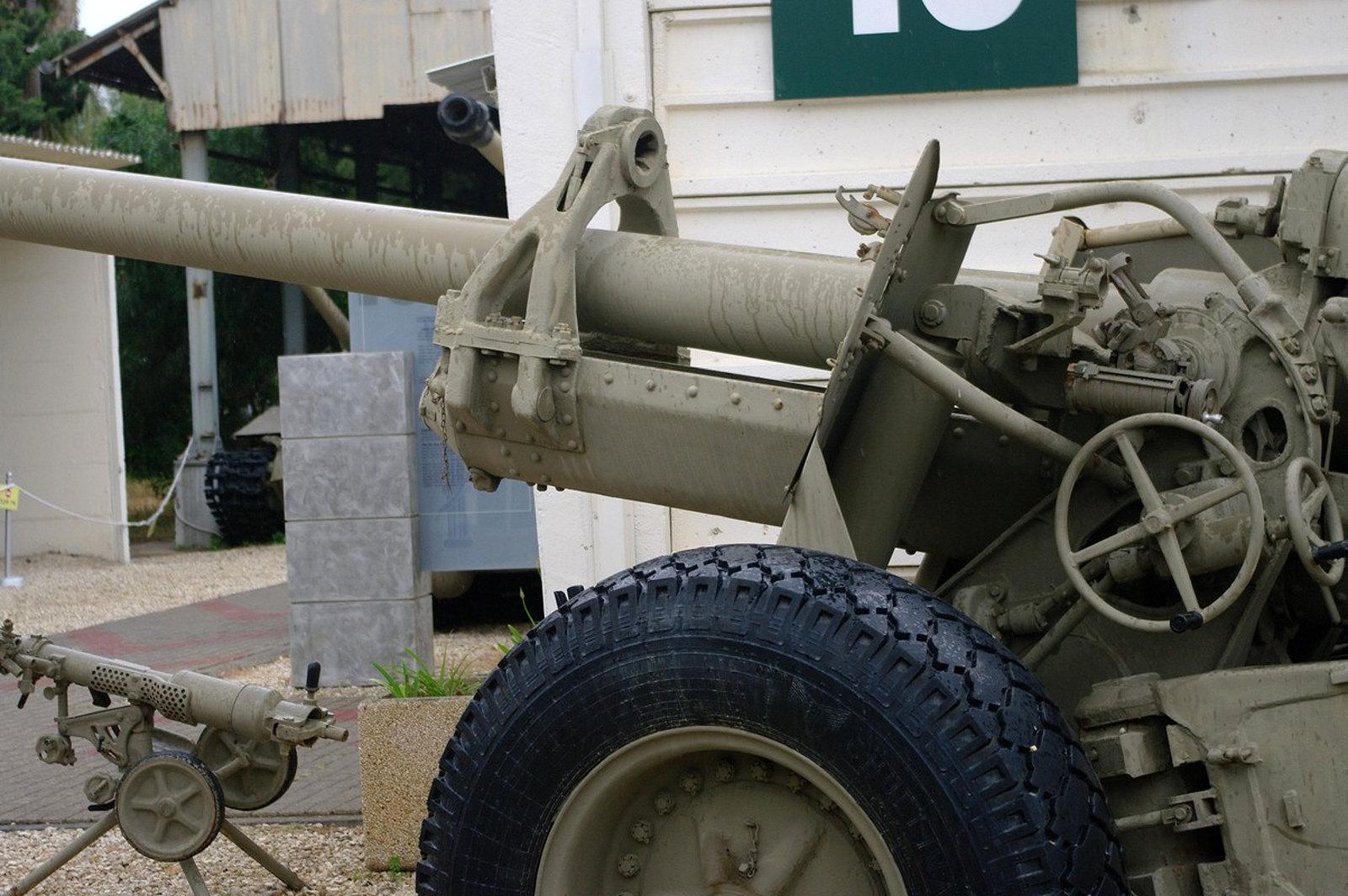 130mm M46 Field Gun (5)