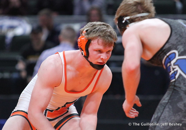170AAA - 3rd Place Match - Alex Lindstrom (Eastview) 40-5 won by decision over Riley Schock (Moorhead) 40-7 (Dec 9-4)