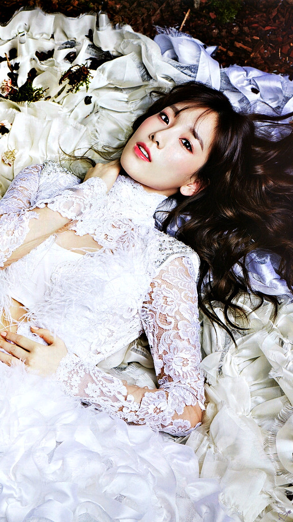 Taeyeon Wallpapers For more kpop wallpapers follow me ♥ ♥