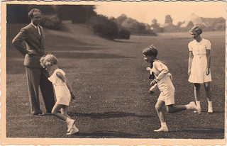 No. 988 [Belgian Royal Family] by G. Cailliau (October 1938)