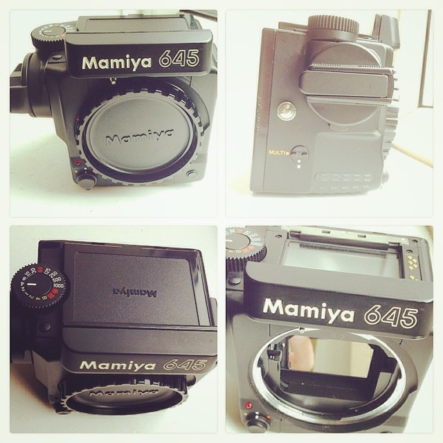 New camera body arrives for my Mamiya 645 system. Current camera body has focusing issues. 📷☺️👍 #mamiya #mamiya645super #mediumformat #filmcamera #645 #ilovefilm #ishootfilm #filmrocks #filmisnotdead www.MrLeica.com ..one of my all