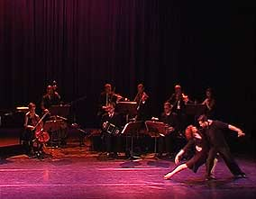 """Chau Paris"" with Bandola Orchestra"