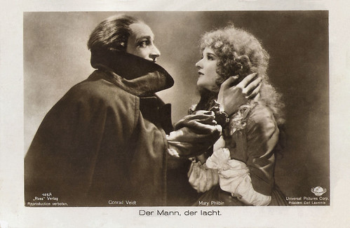 Conrad Veidt and Mary Philbin in The Man Who Laughs (1928)