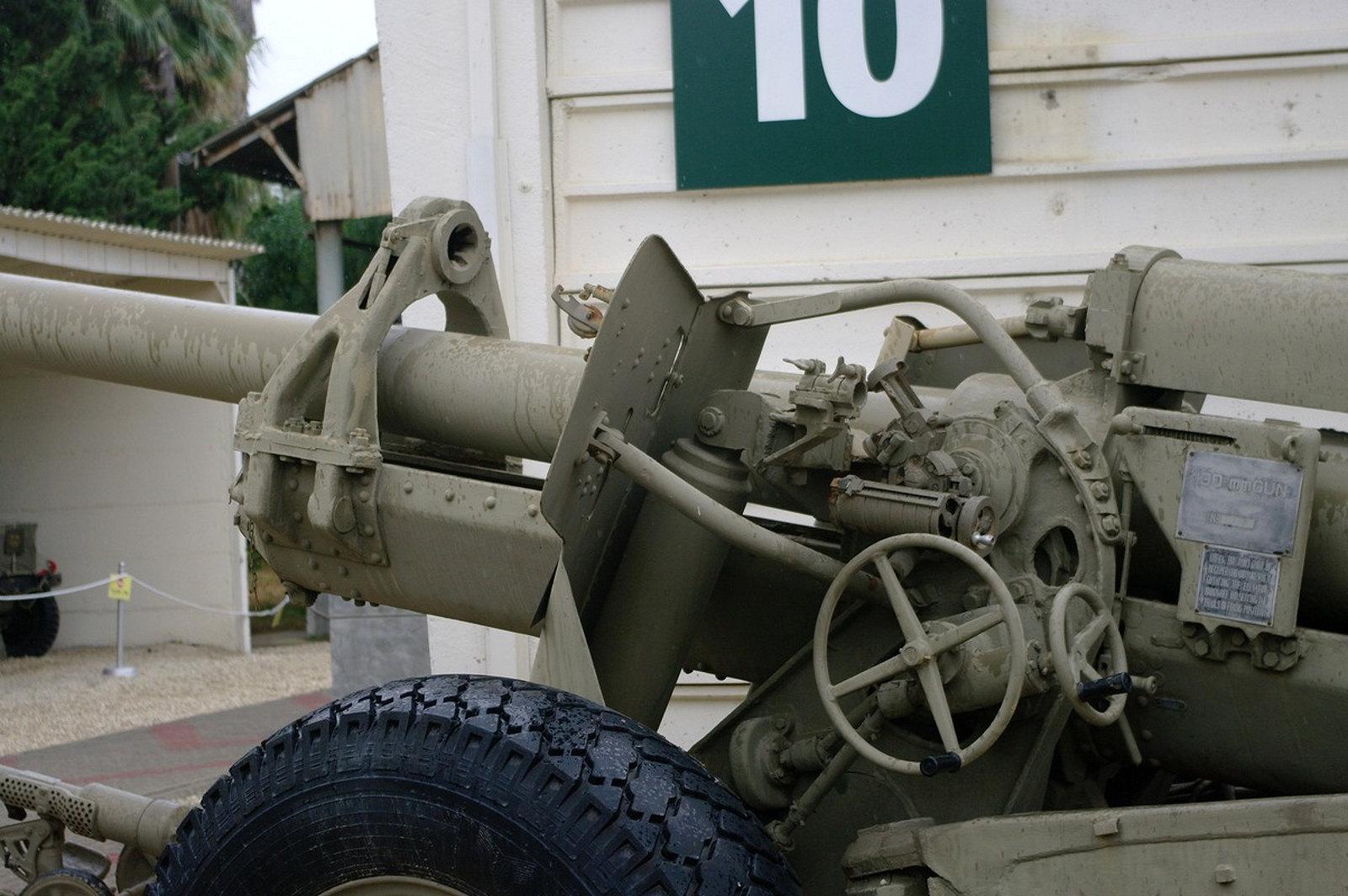 130mm M46 Field Gun (6)