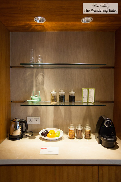 Loose leaf teas and Nespresso machine kitchenette area at the Diplomat Suite