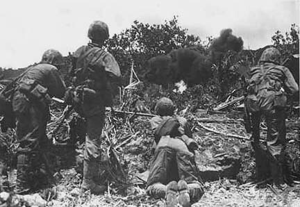 Marines asaltando Saipán