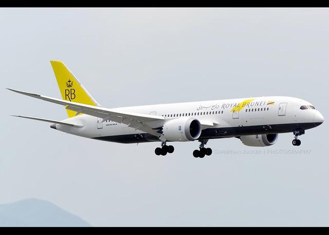B787-8 | Royal Brunei | V8-DLC | HKG
