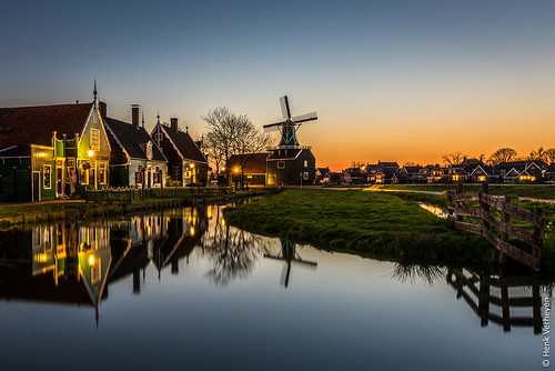 lente nl nederland netherlands spring zaanseschans zaanstad buiten landscape landschap molen outdoor windmill windmolen bluehour sunset long exposure