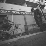 HONKY-TONK