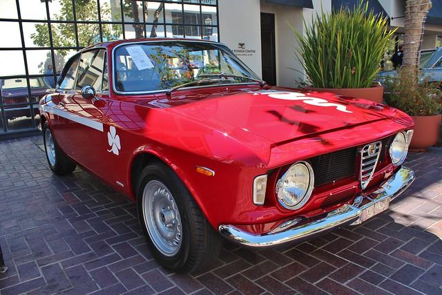 1968 Alfa Romeo Giulia GTA 1300 Junior Stradale by Bertone