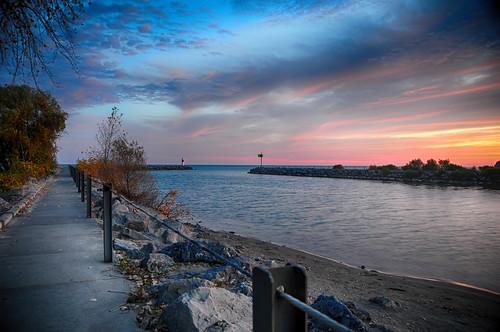 autumn usa lighthouse newyork sunrise peaceful rochester lakeontario irondequoit irondequoitbay