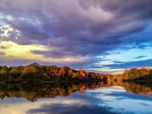 park sunset sky cloud lake color reflection nature water landscape md maryland greenbelt iphone iphone5s