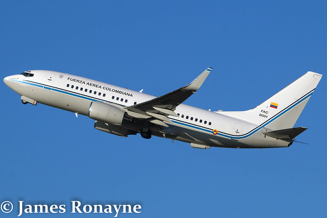 FAC 0001 | Boeing 737-74V | Fuerza Aerea Colombiana GRUVE 82