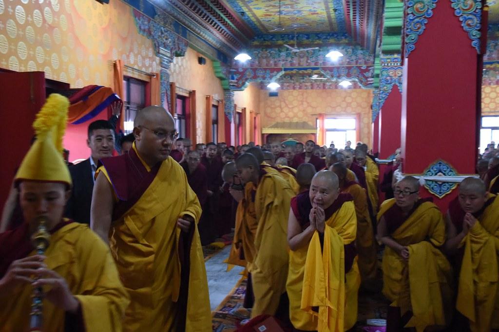 2016.01.15 Gyalwang Karmapa Teaches on Bodhichitta and Discusses Bhikshuni Ordination Plans