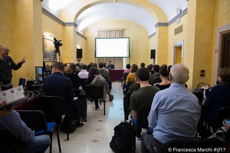 Hack e leak: il futuro della trasparenza nel giornalismo - Hacks and leaks: the future of transparency journalism #ijf17