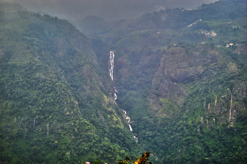 green water fog waterfall hdr ooty ketivalley