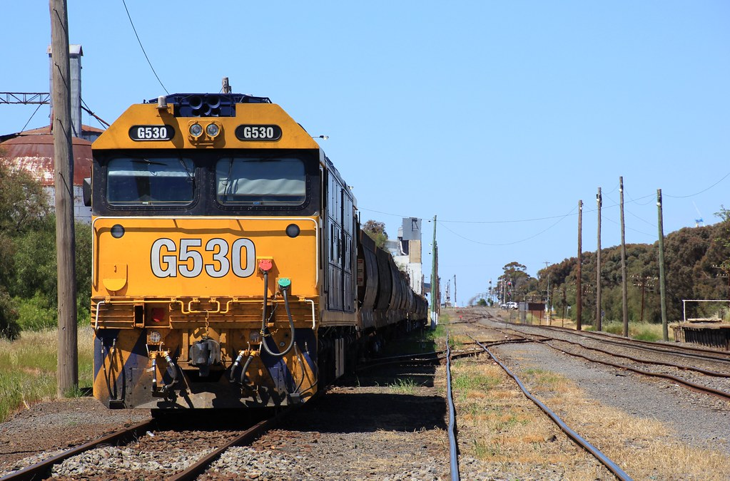 G530 sits in Murtoa after running the AK cars to Portland the day before by bukk05