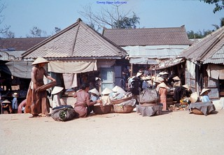 Hue, Truoi Market - February 1969 - Photo by Keith McGraw