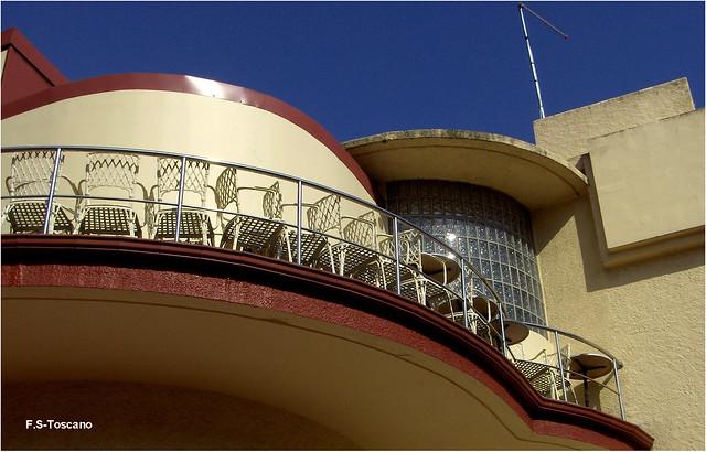 Edificio Atalaya. Popa. Atalaya building. Stern. A Coruña.